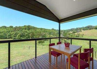 balcony_cabin